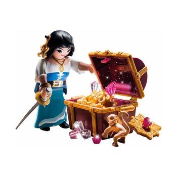 Пират с сокровищами