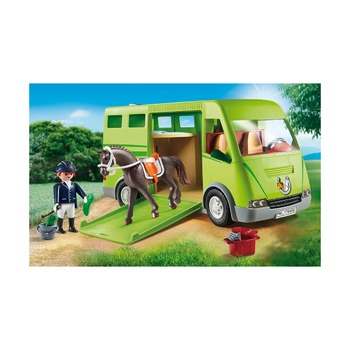 Машина для перевозки лошадей