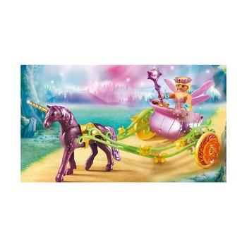 Расписанный единорогами сказочный экипаж