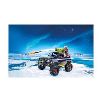 Ледяной пират со снежным грузовиком