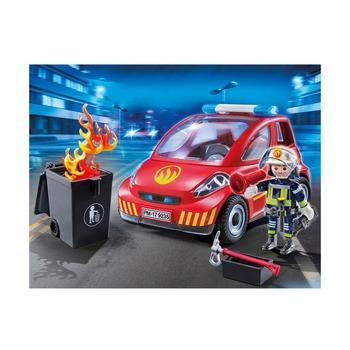 Пожарный с машиной