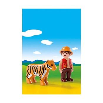 1.2.3. Егерь с тигром