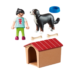 Собака с конурой
