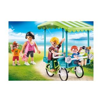 Семья туристов + велосипед