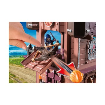Передвижная крепость гномов + король гномов с охраной
