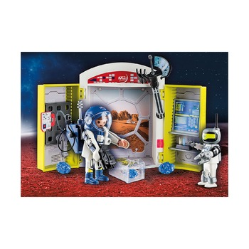 Космическая станция на Марсе