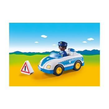 Полицейский с автомобилем