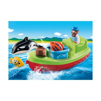 Рыбак с лодкой