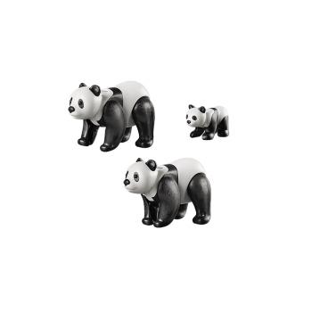 Панды с малышом